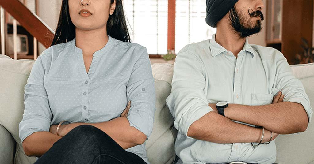 10 sinais de que você está em um relacionamento tóxico e como corrigi-lo - Mansi 1